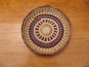 Dyed pine needle and bead basket by Eladelanto weaver