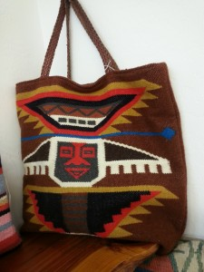 Carryalls crafted from mexican weaving. Vera von
